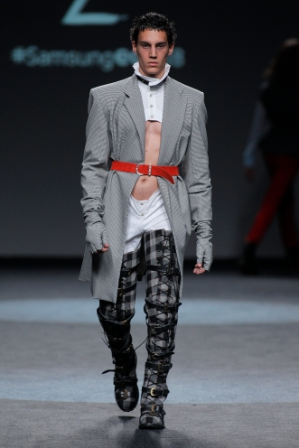 Andrés Zurru BERGHAIN – DAVID NEVER WORE A LEAF SS/19