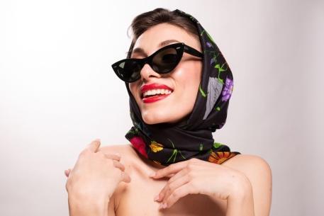 Gafas Vintage, Pañuelo Gucci.