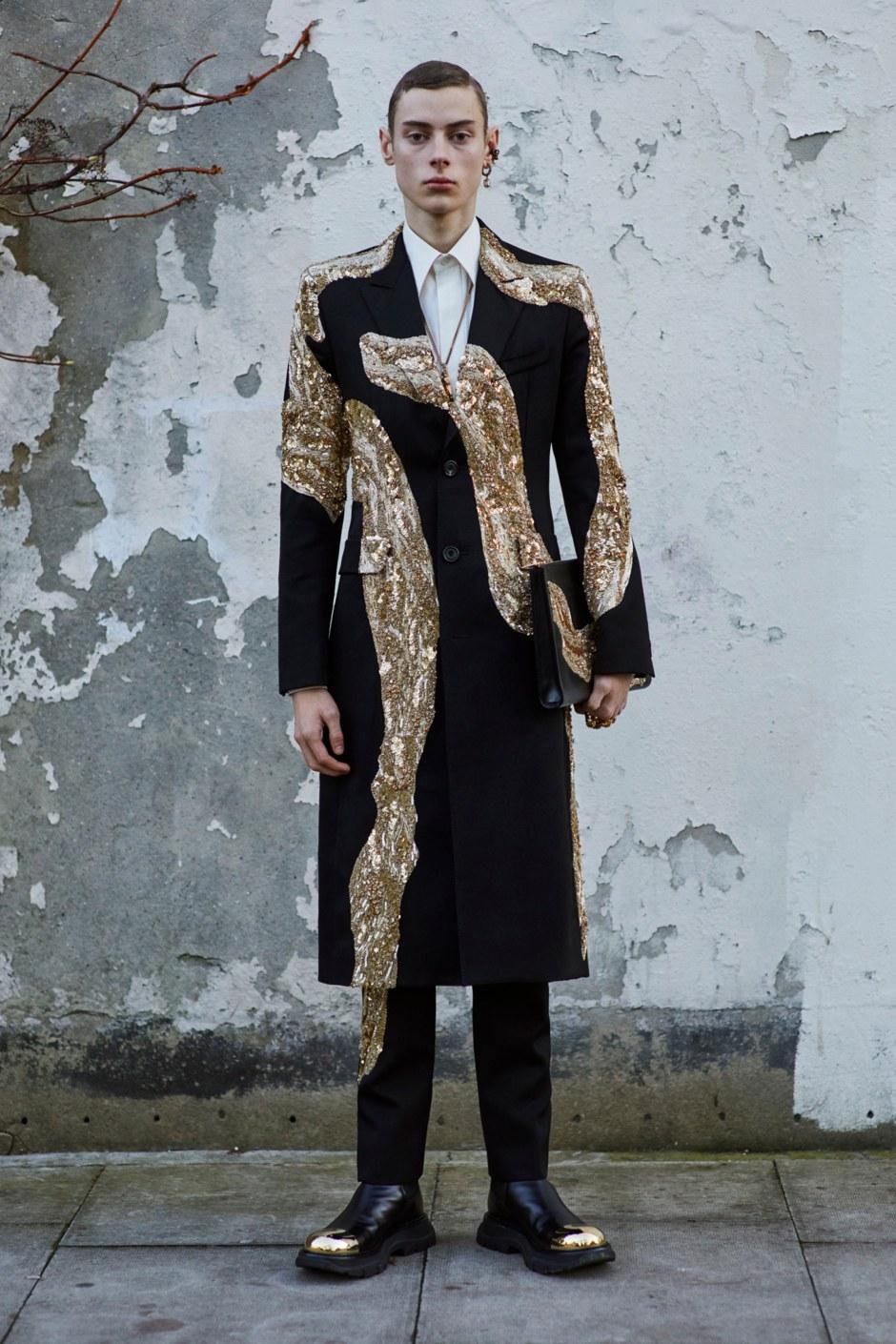 00046-Alexander-McQueen-Menswear-Fall-2020